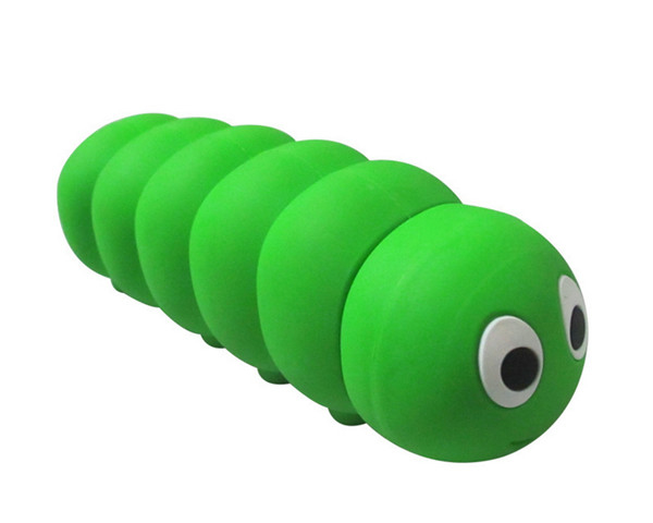 Natural Soft PVC 2600 mAh Cartoon Caterpillars Shaped Mini Power Bank for Charging App Ip Series and Android Smart Phone