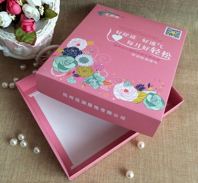 OEM Custom Paper Packaging Sanitary Towel / Sanitary Napkin Box Firm AndDurable