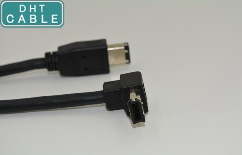 中国 IEEE の 1394a 6pin のメス コネクタ 90degree の角度の 1394 のファイヤーワイヤーの直角ケーブル サプライヤー