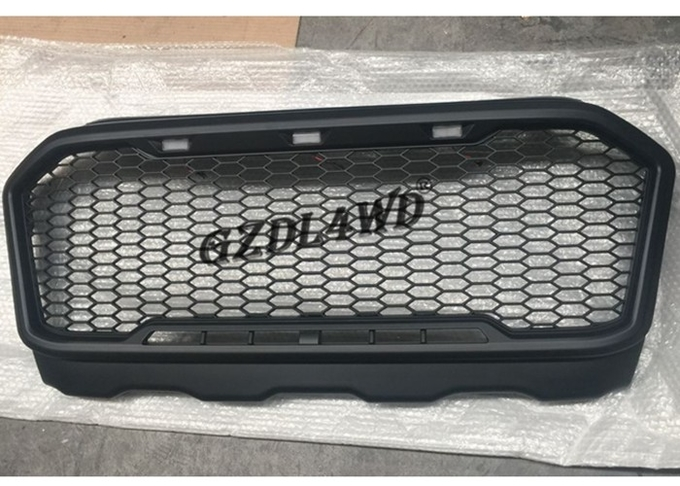 Ranger PX2 T7 2015 Onwards Front Grille With 3 Yellow LED Lights
